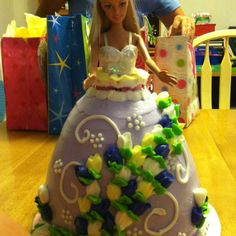 A Barbie Birthday Cake!