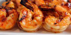Sunset Shrimp skewers ½ cup lime juice ½ cup orange juice ¼ pineapple juice ½ cup honey 2 tbsp garlic, minced ½ tsp pepper 1 tsp cayenne pepper (optional) 1 ½ pounds large shrimp, peeled (tails on Shrimp Marinade, Grilled Shrimp Skewers, Grilled Shrimp Recipes, Chicken Recipes, Grilled Cod, Steamed Shrimp, Tequila Shrimp Recipe, Old Bay Shrimp, Large Shrimp