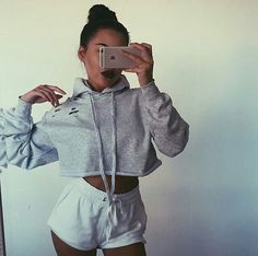 Find More at => http://feedproxy.google.com/~r/amazingoutfits/~3/64KQC03NzpU/AmazingOutfits.page