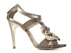 Golden Leather Sandals by Manas Lea Foscati  @ 50% OFF