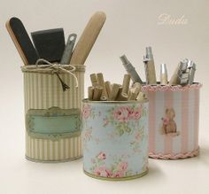 I need to figure out how to make these. I have so many jars and cans saved to make things, but when I get ready to make something, I can't remember what I wanted to make, or I don't have the right stuff and I don't want to go to the store. Tin Can Crafts, Diy Arts And Crafts, Diy Crafts, Tin Can Art, Tin Art, Decoupage Box, Decoupage Vintage, Recycle Cans, Diy Recycle