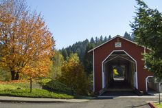 https://flic.kr/p/ZRnrrA | Office Covered Bridge, Oregon