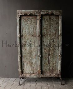 Aura peeperkorn Zeer Oude Antieke Nepalese houten Deur op ijzeren stander