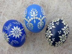 3 echte Ostereier mit Strohapplikation, Blautöne Wood Burning Art, Egg Art, Egg Decorating, Easter Eggs, Crochet Patterns, Painted Rocks, Eggs, Mandalas, Crafting