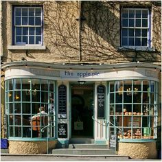 The Apple Pie, Ambleside, Lake District, Cumbria, England. A great place for breakfast if staying at Bracken Howe. Great Places, Places To Go, Beautiful Places, English Village, Yorkshire Dales, Yorkshire England, Shop Fronts, English Countryside, Cumbria