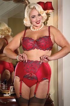 Bianca Bombshell in this gorgeous #secretsinlace set Bras & Panties - Margaux Full Cup Bra