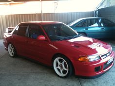 Lancer Evolution I: My ideal would have a swapped from an Evo IX mated with a MHI For kW It'd have a larger compressor and built engine. Lancer Gsr, Mitsubishi Cars, Mitsubishi Lancer Evolution, Import Cars, Japan Cars, Performance Cars, Car Painting, Jdm Cars, Car Manufacturers