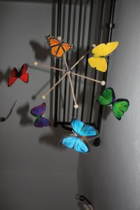 Motýli - závěsný kolotoč - kids mobile pattern