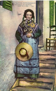 FOLKLORE BOURBONNAIS Couple en costume de Fête (années
