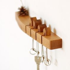 iichi - HandMade in Japan Wooden Crafts, Wooden Diy, Diy And Crafts, Wall Key Holder, Small Wood Projects, Minimalist Interior, Wood Toys, Wood Design, Wood Art