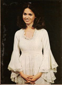 Taken during shooting one of the episodes of the first season of the Donny and Marie Show.