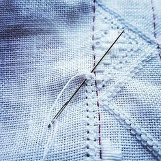 "I dag syr jeg holrand/ today I am sewing ""holrand"" #hvitsøm #broderi #kvitsaum #whiteembroidery #embroderylicious #embroidery #broderie #lin #linnen #bunad #hardangerbunad #folkcostume #norway #simpleliving #stitch #stitching #syr"