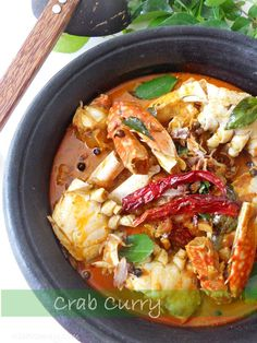 Asian Crab Curry...made in coconut milk....with step by step picture tutorial. #asiancrabcurry #crabcurry #keralarecipes