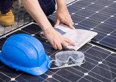 Check out http://trainingforsolar.com!  Trainingforsolar.com provides accelerated training classes for anyone considering a career in the growing solar industry. Register for classes today!