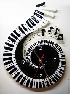 """Купить Часы """"Волшебная музыка"""".Стекло. Фьюзинг. - стекло, Фьюзинг, настенные часы, подарок музыканту"""