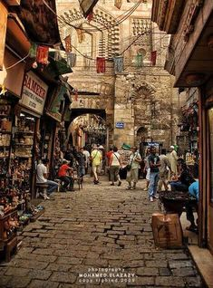 Explore the variety of markets nestled away in Cairo's streets. Book flights to Cairo>>http://www.travelstart.com.eg/lp/cairo/flights #cairo #markets #travelstartegypt Photo cred: Mohamed Elazazy