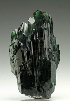 Vivianite crystal, without matrix from Bolivia. DerHammerStein Auction