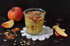 Chia pudding with saffron and warm apples