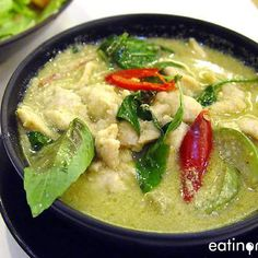 Quick and Easy Green Chicken Curry