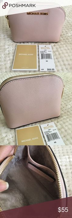 Michael Kors Cindy travel pouch makeup bag Authentic Michael Kors, Ballet with gold hardware. Excellent condition - never been used, no stains. Please see photos for details. Also sold on my ♏️erc. No trades. Michael Kors Bags Cosmetic Bags & Cases