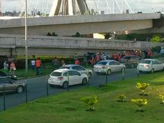Taís Paranhos: Carro capota próximo ao Shopping Rio Mar