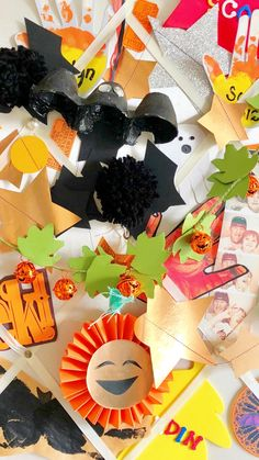 Cute Halloween Decorations, Halloween Balloons, Diy Party Decorations, Halloween Letters, Halloween Date, Halloween Crafts, Halloween Pumpkins, Easy Diy Crafts, Crafts For Kids
