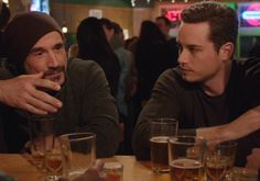 Molly's is the best place to hang out. @jesseleesoffer @EliasKoteas #ChicagoPD