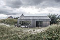 I dag drømmer jeg meg av gårde til svale sommerdager og skagensk lys. Med bilder fra arkitektfirmaet Ardess. ganske ...