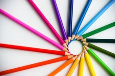 Rainbow Of Colored Pencils Rainbow Songs, Love Rainbow, Over The Rainbow, Rainbow Colors, Rainbow Aesthetic, Soul Art, Coloured Pencils, World Of Color, Happy Colors