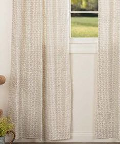 100 Farmhouse Drapes and Rustic Drapes 2019 Best Farmhouse Style Drapes! Discover the most beautiful farmhouse curtains and rustic window treatments. The post 100 Farmhouse Drapes and Rustic Drapes 2019 appeared first on Curtains Diy. Home Curtains, Farmhouse Curtains, Room Darkening Curtains, Window Drapes, Rustic Curtains, Farmhouse Window Treatments, Window Toppers, Printed Curtains, Custom Drapes