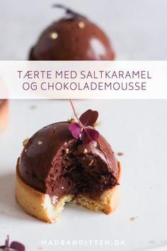 Tærte med chokolademousse og saltkaramel - glutenfri opskrift Lchf, Healthy Choices, Kale, Cravings, Panna Cotta, Low Carb, Pudding, Treats, Sweet