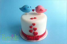 Torta san Valentino uccellini - Valentine birds cake by briciola Valentines Day Cakes, Valentine Cookies, Fondant Cakes, Cupcake Cakes, Friendship Cake, Galaxy Cake, Heart Cakes, Cake Logo, Just Cakes