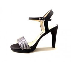 Pomares Vazquez luxury spanish shoe brand in black color @zapatosmilpies