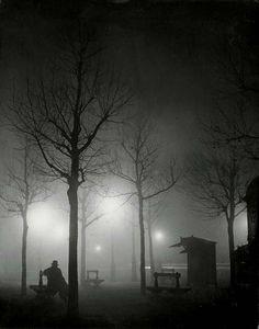 George Brassai 1932  Brouillard Ave de l'Observatoire