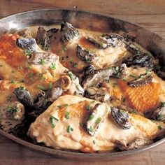 Chicken Fricassee with Morel Mushrooms and Thyme.replace creme fraiche with fat free sour cream and reduce the butter to half.you got yourself a healthy and amazing french meal! French Chicken Dishes, Chicken Fricassee, Thyme Recipes, Free Recipes, Stuffed Mushrooms, Stuffed Peppers, Food For Thought, Main Dishes, Chicken Recipes