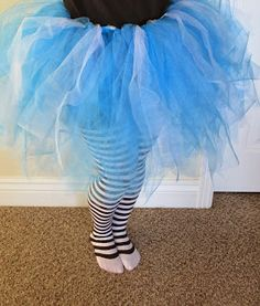 DIY tutu for Alice in Wonderland costume.