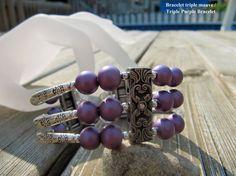 Bracelet triple mauve / Triple Purple Bracelet par Bijju sur Etsy