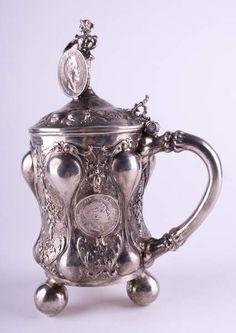 Münz-Deckelhumpen 19. Jhd. / Coin tankard, 19th century Silber 800/000 getrieben, Krone und Halbmon