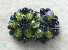 Ich möchte euch gerne meine neuen Schildkrötenarten vorzustellen.    Die erste Art ist eine einfache Blume mit 8 geschliffene Glasperlen im ...
