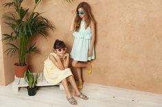 Moodblue no sólo es una marca de moda infantil, es una filosofía de vida. Fendi, Snow Hat, Loop Scarf, Striped Socks, Stylish Kids, Spring Summer 2016, Summer Collection, Kids Outfits, Fall Winter
