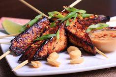Tofu Satay with Peanut Sauce. Tofu Satay with Peanut Sauce Tofu Dishes, Vegan Dishes, Vegan Food, Peanut Sauce Recipe, Sauce Recipes, Vegetarian Recipes, Cooking Recipes, Healthy Recipes, Vegetable Recipes