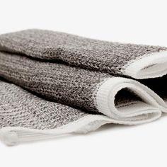 Charcoal Body Scrub Towel