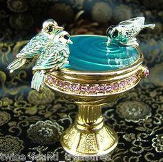 2001 Estee Lauder Pleasures Bird Bath Solid Perfume Full and MInt