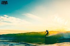 Ben Skinner chasing down the sunset at Praa Sands, great shot by Callum Morse @saltshots