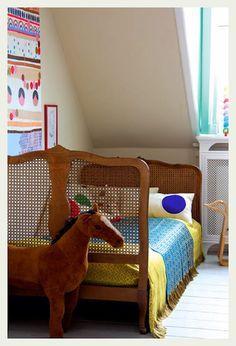 http://anindiansummer-design.blogspot.com/2012/06/there-are-days-like-these.html?utm_content=bufferff81b&utm_medium=social&utm_source=pinterest.com&utm_campaign=buffer