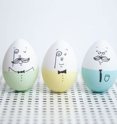 DIY Sharpie Mr. Humpty Dumpty decorated Easter eggs from Confetti Sunshine on Pinterest