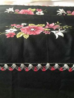 This Pin was discovered by Ays Saree Tassels, Best T Shirt Designs, Needle Lace, Elsa, Diy And Crafts, Projects To Try, Embroidery, Knitting, Model