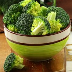 Stop Tossing the Stalk! How to Prep the Entire Crown of Broccoli