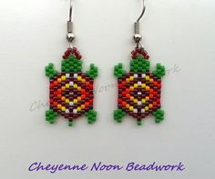 Native American Beaded Earrings - Brick Stitch - Turtles - Rainbow Cranberry…