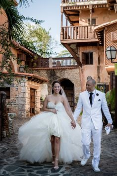 Modern Destination Wedding in Dominican Republic: Nara + Claude